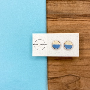 Natur pastell fülbevaló - kék, Ékszer, Fülbevaló, Pötty fülbevaló, A Natur Pastell kollekció lényege az egyszerű fa textúra pasztell színekkel kombinálva az egyszerűsé..., Meska