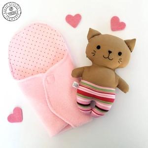 Bébi cica pólyában -  rózsaszín csíkos nadrágban (boGarkrea) - Meska.hu