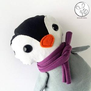 Pingvin bébi lila sállal - textil figura - játék állat - Meska.hu