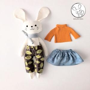 Lujzi, az öltöztethető nyuszi lány - szoknyával, nadrággal, pulóverrel és sállal - Meska.hu