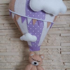 Babaszoba dekoráció - hőlégballonos maci (lila), Otthon & Lakás, Falra akasztható dekor, Dekoráció, Elragadó dekoráció a baba birodalmába!  Harmonikus, modern színeivel a babaszoba dísze lehet ez a fi..., Meska