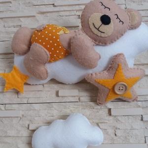 Babaszoba dekoráció - maci felhőn (narancssárga) - otthon & lakás - dekoráció - falra akasztható dekor - Meska.hu