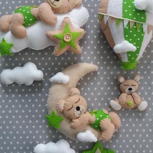 Babaszoba dekoráció - holdas maci (fűzöld) (BogiHandmade) - Meska.hu