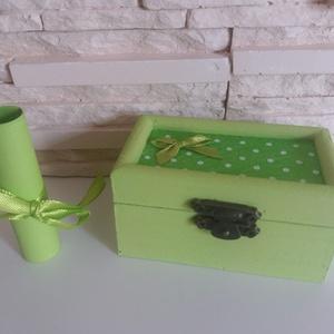Vidám fa dobozka - halványzöld színben - otthon & lakás - dekoráció - díszdoboz - Meska.hu