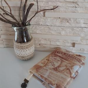 Notesz, mintás filc borítással - vintage, Jegyzetfüzet & Napló, Papír írószer, Otthon & Lakás, Varrás, Mindenmás, Egyszerű notesz gyönyörű mintával, oldaljelölővel.\nA jegyzetfüzet 100 oldalas, A/7-es méretű, vonala..., Meska