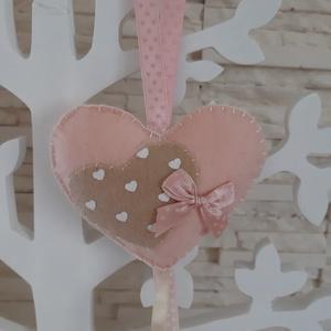 Filc szívecskés dekoráció - halványrózsaszín színben, Otthon & Lakás, Függődísz, Dekoráció, Mindenmás, Varrás, Meska
