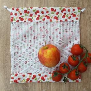 Epres textil zsák / öko zacskó, Táska, Divat & Szépség, Táska, Szatyor, Varrás, A műanyag zacskók kiváltására varrtam ezt a textil zsákot!\n\nMérete: 27,5 cm x 29,5 cm\n\nAnyaga: pamut..., Meska
