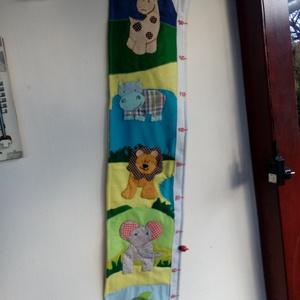 Állatos magasságmérő, Játék & Gyerek, Textilkönyv & Babakönyv, Varrás, Milyen magas gyermeked, unokád? Mennyit nőtt? Ehhez nyujt segitséget ez a mérő, ami egyben a gyereks..., Meska
