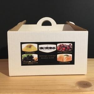 Díszdobozos lekvár-válogatás (106gx4db), Gyümölcs, zöldség, Lekvár, Édességek, Kulinária (élelmiszer), Élelmiszer előállítás, A doboz tartalma:\nBirslekvár (106g)\nFekete ribiszkelekvár mandulával (106g)\nKajszilekvár (106g)\nSoml..., Meska