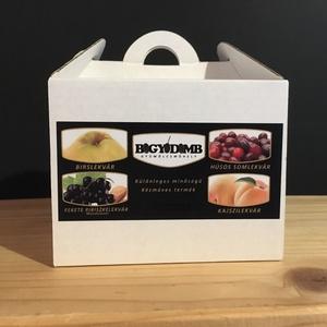 Díszdobozos lekvár-válogatás (40gx4db), Élelmiszer, Lekvár, Élelmiszer előállítás, Lekvár-válogatás ajándék díszdobozban.\nA doboz tartalma:\nBirslekvár (40g)\nFekete ribiszkelekvár mand..., Meska