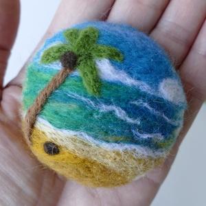 Trópusi part - merinói gyapjúból nemezelt kép, bross, kitűző (BoheMina) - Meska.hu