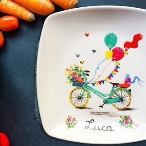 Gyerek tányér - Névre szóló, kislánynak, Konyhafelszerelés, Otthon & lakás, Lakberendezés, Gyerek & játék, Dekoráció, Festészet, Amit a Bohém Tányérokról tudni érdemes:\n\nAz egyedileg, kézzel festett Bohém Tányérok használata bizt..., Meska