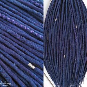 Kék lila gyapjú raszta szett, Univerzum, téli, tengeri felfonható 30 duplaszálas műraszta, Táska, Divat & Szépség, Ruha, divat, Hajbavaló, Kék és lila színekben pompázó multicolor extra finom merinó gyapjúból nemezelés technikával készítet..., Meska