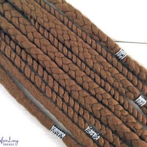 Barna raszta viking témájú gyapjú raszta szett, Táska, Divat & Szépség, Hajbavaló, Ruha, divat, Férfiaknak, Esküvő, Nemezelés, Mogyoróbarna színű merinó gyapjúból, nemezelés technikával készítettem ezt a viking stílusú szettet...., Meska