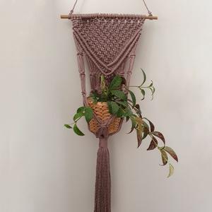 KRAKKÓ virágtartó újrahasznosított fonálból /INGYENES SZÁLLÍTÁS, Otthon & lakás, Dekoráció, Dísz, Lakberendezés, Kaspó, virágtartó, váza, korsó, cserép, Csomózás, Ez a virágtartó 100% újrahasznosított fonálból készült, bambuszrúdra fűzve. Falra akasztható virágta..., Meska