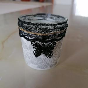 Black dream - aranyos mécsestartó üveg , Otthon & lakás, Lakberendezés, Dekoráció, Dísz, Gyertya, mécses, gyertyatartó, Újrahasznosított alapanyagból készült termékek, Decoupage, transzfer és szalvétatechnika, Az álom fekete pillangóval érkezik. Aranyos kis üveg mécsestartó, melyetdecoupage - technikával kész..., Meska