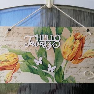 """tulipán ajtódísz , Otthon & Lakás, Dekoráció, Ajtódísz & Kopogtató, Decoupage, transzfer és szalvétatechnika, fából készült tulipános tavaszi ajtódísz\n\""""Hello Tavasz\""""\n33x16cm , Meska"""