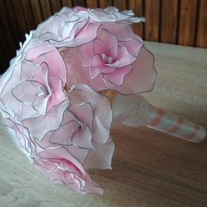 """""""Rózsaszín álom"""" esküvői csokor, Esküvő, Menyasszonyi- és dobócsokor, Menyasszonyi- és dobócsokor, A """"Rózsaszín álom"""" esküvői csokrot azoknak a menyasszonyoknak ajánlom, akik szeretik a  rózsaszín és..., Meska"""