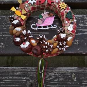 Karácsonyi kockás ajtódísz - karácsony, tél, ajtódísz, kopogtató, Otthon & Lakás, Karácsony & Mikulás, Karácsonyi kopogtató, Mindenmás, A képeken látható termésekkel és karácsonyi motívumokkal díszített ajtókoszorú remekül díszíti ottho..., Meska