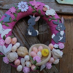 Rózsaszín ajtódísz húsvéti nyuszikkal, Otthon & Lakás, Dekoráció, Ajtódísz & Kopogtató, A képeken látható húsvéti motívumokkal díszített ajtókoszorú remekül díszíti otthonunkat a tavaszi h..., Meska