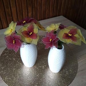 Sárga-bordó virágcsokor vázával - örökcsokor, örökvirág, tavasz, Otthon & Lakás, Dekoráció, Csokor & Virágdísz, A sárga és bordó színnel készített vázás virágokat ajánlom születésnap, névnap, Valentin-nap, Nőnap ..., Meska
