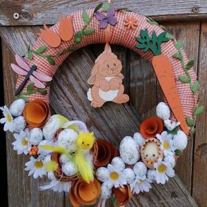 Szende nyuszi répával, Otthon & Lakás, Dekoráció, Ajtódísz & Kopogtató, A képeken látható húsvéti motívumokkal díszített ajtókoszorú remekül díszíti otthonunkat a tavaszi h..., Meska