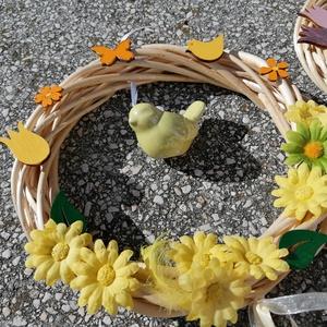 Madárfészek ajtódísz - sárga szín; tavasz; nyár, Otthon & Lakás, Dekoráció, Ajtódísz & Kopogtató, A képeken látható virágokkal díszített ajtókoszorú remekül díszíti otthonunkat a tavaszi és nyári hó..., Meska