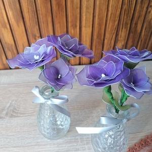 Lila virágcsokor vázával - asztaldísz, harisnyavirág, örökvirág, Otthon & Lakás, Dekoráció, Csokor & Virágdísz, Lila harisnyavirágból készítettem vázás virágcsokrot, melyet ajánlok ballagásokra, Anyák napjára vag..., Meska