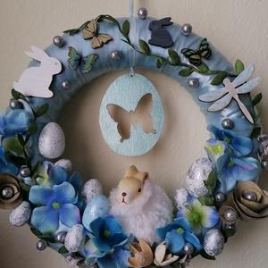Kék pufi nyuszis ajtódísz - húsvét, tavasz, hortenzia, kék, fehér, zöld, Otthon & Lakás, Dekoráció, Ajtódísz & Kopogtató, A képeken látható húsvéti motívumokkal díszített ajtókoszorú remekül díszíti otthonunkat a tavaszi h..., Meska