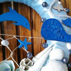 Kék delfines nyári ajtódísz, kopogtató - nyári dísz, dekor, ajtóra - Meska.hu