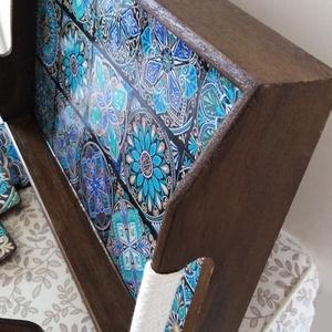 Különleges kínálótálca csempemintás kínáló felülettel, poháralátétek, szalvétatartó - szettben vagy külön is (Bolyboly) - Meska.hu