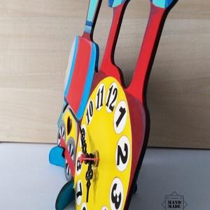 Kismozdony alakú kedves gyermek óra - polcra, szekrényre, asztalra - otthon & lakás - dekoráció - falióra & óra - Meska.hu