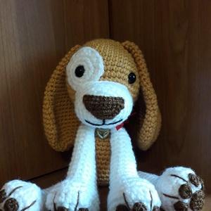 Beagle kutyus horgolt kutyus, Játék & Gyerek, Plüssállat & Játékfigura, Kutya, Horgolás, Bármilyen színben és méretben elérhető. Amit csak szeretnél :) \n\nHorgolt kutyuska, szivaccsal kitömv..., Meska