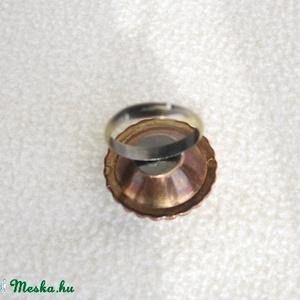 Akciósan! a káprázatosan csillogó gombgyűrű  (BomBomok) - Meska.hu