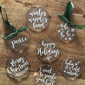 Karácsonyfadísz, karácsony, dísz, karácsonyfa, ajándék, Otthon & Lakás, Karácsony & Mikulás, Karácsonyfadísz, Festett tárgyak, Mindenmás, E G Y E D I   K A R Á C S O N Y F A D Í S Z \nEgyedi, ünnepi karácsonyfadísz.\nMÉRET: 6,5 és 8 cm átmé..., Meska