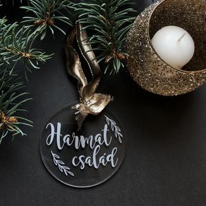 Karácsonyfadísz, karácsony, dísz, karácsonyfa, ajándék, család, Otthon & Lakás, Karácsony & Mikulás, Karácsonyfadísz, Festett tárgyak, Mindenmás, E G Y E D I   K A R Á C S O N Y F A D Í S Z \nEgyedi, ünnepi karácsonyfadísz.\nMÉRET: 8cm átmérőjű\nANY..., Meska