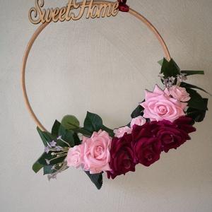 Virágos fa karika, dekoráció, kopogtató, Otthon & Lakás, Dekoráció, Ajtódísz & Kopogtató, Virágkötés, Rendelésre készülő virágos dekoráció, amely tökéletes kopogtatónak, lakásdekornak is.\nBármilyen elké..., Meska