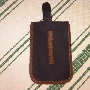 Fekete-barna telefontartó (borboszi) - Meska.hu