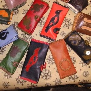 Papírzsebkendő tartó - táska & tok - pénztárca & más tok - zsebkendőtartó tok - Meska.hu