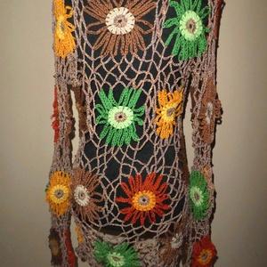 horgolt felső őszi l-es, Póló, felső, Női ruha, Ruha & Divat, Horgolás, Patchwork, foltvarrás, Hatalmas virágok vannak rajta az ősz színeiben. Felveheted bármilyen színű felsőre, mindegyiken jól ..., Meska