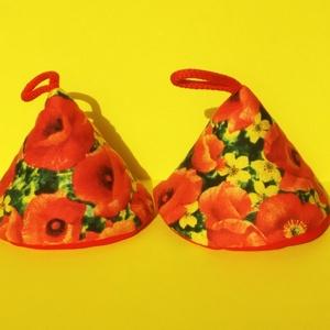 PIPACSOK - edényfogó , Otthon & lakás, Konyhafelszerelés, Edényfogó, Varrás, Piros pipacsok, sárga kis virágok, díszítik ezt a minőségi (amerikai)100%-os pamut anyagból készült ..., Meska