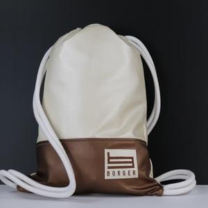 Bronze Borger hátizsák, Táska & Tok, Hátizsák, Gymbag, Varrás, Hímzés, Stílusos táska a hétköznapi használatra tervezve. Kényelmesen elfér minden dolgod, amit iskol..., Meska