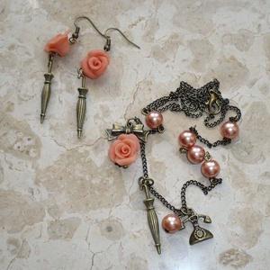 Aszimmetrikus vintage nyaklánc és fülbevaló szett esernyővel, rózsával (Boriboszi) - Meska.hu