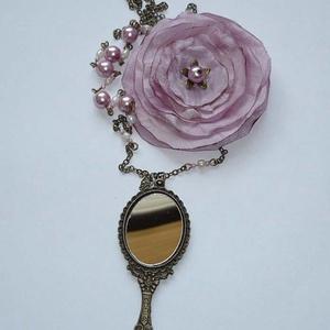 Tükröm, tükröm... - asszimetrikus vintage nyaklánc csodaszép nagy tükör medállal és textilvirággal (Boriboszi) - Meska.hu