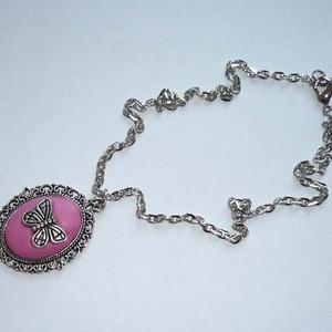 KIÁRUSÍTÁS! Rózsaszín pillangó - süthető gyurma és tibeti ezüst nyaklánc (Boriboszi) - Meska.hu