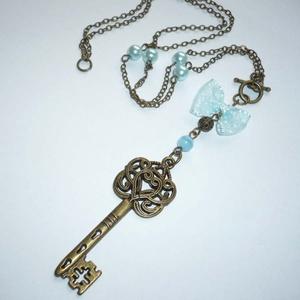 Réz kulcs kékkel - romantikus kulcsos nyaklánc - Meska.hu