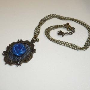 Kék rózsa - réz nyaklánc (Boriboszi) - Meska.hu