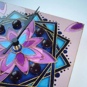 Rejtett virág - kék, mályva, rózsaszín, arany egyedi festett mandala üveg falióra (Boriboszi) - Meska.hu