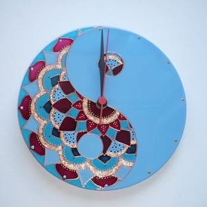 Yin-yang és Mandala - egyedi festett üveg falióra, Falióra & óra, Dekoráció, Otthon & Lakás, Festett tárgyak, Üvegművészet, Ebben az órában egyik mandala mintámat és a yin-yang szimbólumot ötvöztem, igen erőteljes színkombin..., Meska