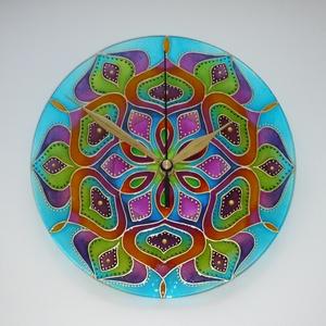 Vadvirág - egyedi festett mandala üveg falióra, Otthon & Lakás, Dekoráció, Falióra & óra, Festett tárgyak, Üvegművészet, Egy csodás természeti kép színei ihlették ezt a mandalát: mozgalmas és színes falevelek tengere...\n\n..., Meska